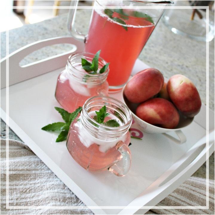 Pfirsich-Limonade – Erfrischung für die heißeJahreszeit
